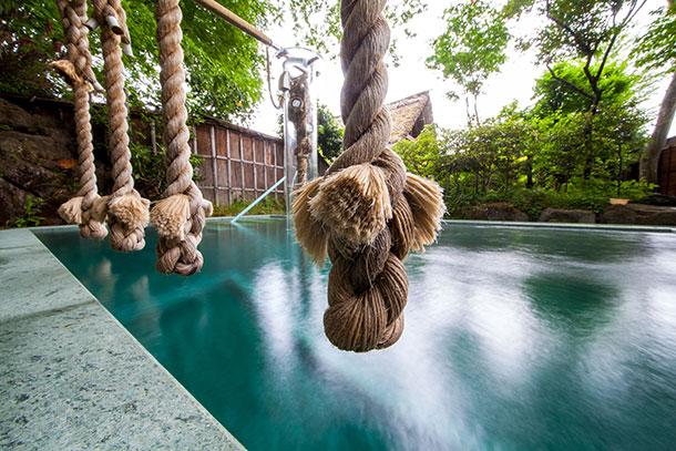 温泉の上に綱、一体何に使うの?那須塩原の変わり種温泉動画が気になる