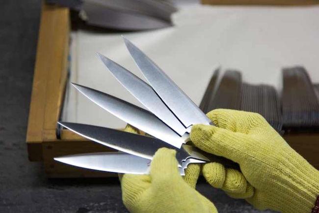 こんな包丁初めて…刃物のまち・関市の伝統、海外企業も頷く鍛冶技術