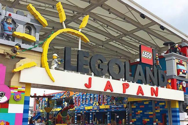 大人も子供も大好きな「LEGO(レゴ)」。昔からブロックは子どもたちの知育おもちゃとして愛されてきましたが、今はブロックといえば「LEGO(レゴ)」ですよね。  その制作の可能性が広いことから大人も子どもも楽しむことができ、さまざまな制作物を細かく作れることから大変人気があります。