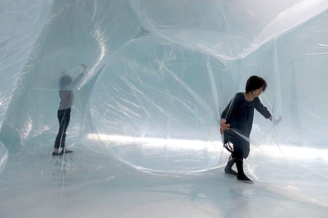普段、当たり前のように存在しているけれど、臭いもなく、触ることもできないものが空気です。そんな空気の正体をアートを体験しながら解明できる展覧会が埼玉県・川口市のアートギャラリー・アトリアで開催されています。お子様はもちろん、大人も楽しめる作品が満載で、GWにオススメのスポットですよ!