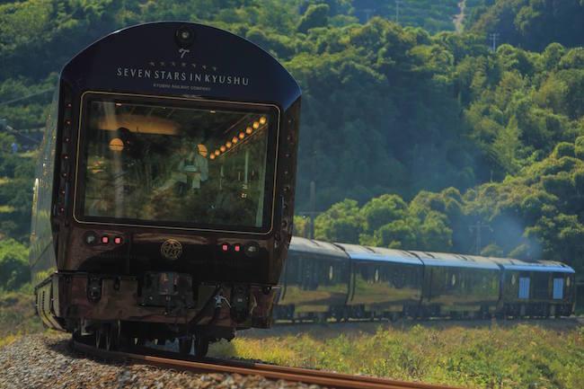 死ぬまでに一度は乗ってみたいニッポンの豪華列車5選