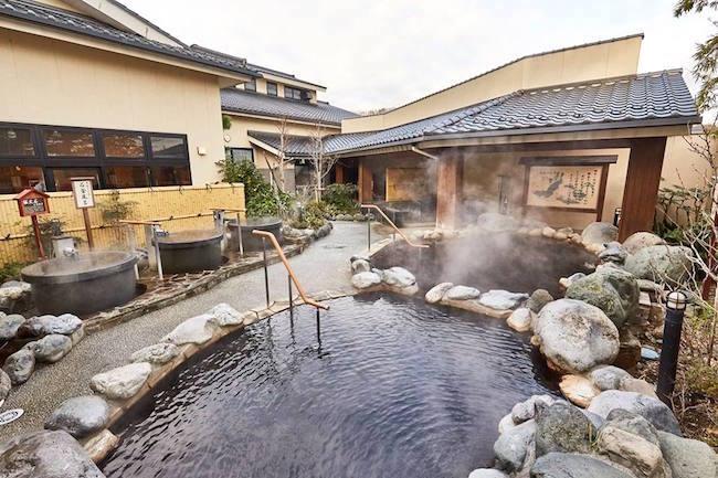 東京にも天然温泉。「源泉かけ流し」が楽しめる都内の本格温泉5選