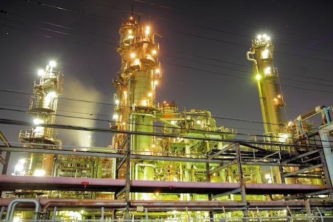 夜の川崎はSFの世界。『ブレードランナー』にも影響を与えた工場夜景