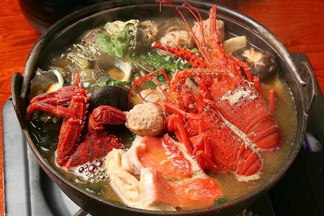 グツグツ煮込んで磯の香り。南伊豆の伝統鍋料理「いけんだ煮味噌」