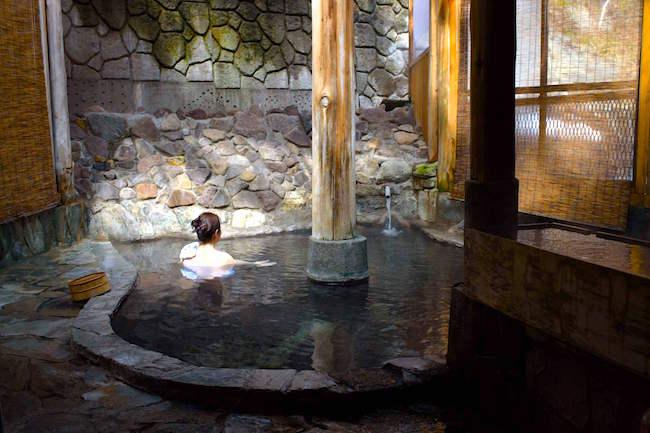 混浴ですけど大丈夫? 女性が学んだ混浴温泉の入り方「奥鬼怒温泉」編